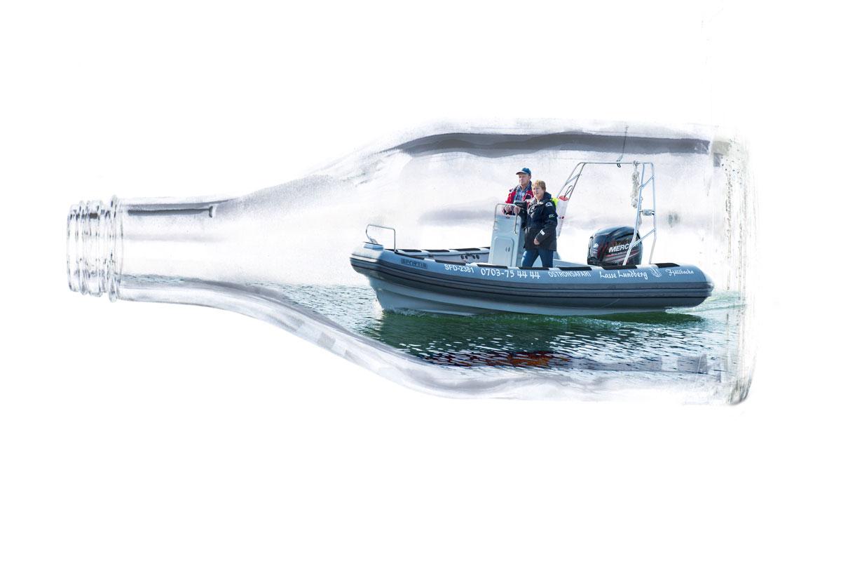 Ribbåt som flaskskepp